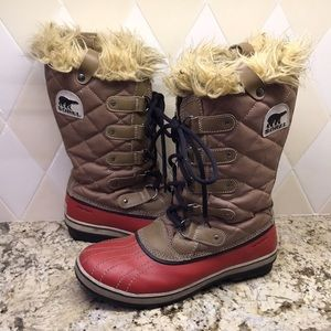 Sorel Tofino Red Lace Up Furry Top Winter Boot